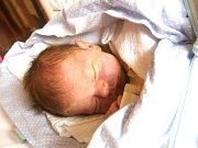 Jonáš Renner se narodil Šárce a Michalovi Rennerovým z Jablonce nad Nisou 12.7.2015. Měřil 50 cm a vážil 3400 g.