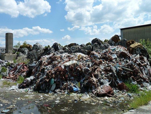 Odpad v Arnolticích Bulovce