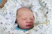 MAX ROZMAJZL se narodil v úterý 8. května mamince Petře Marnotové z Liberce. Měřil 52 cm a vážil 3,53 kg.