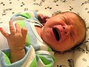 Petr Lauterbach se narodil mamince Nešněrové a tatínkovi Lauterbachovým z Liberce 1. 2. 2016. Měřil 50 cm a vážil 3350 g.