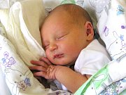 MATYÁŠ POLÁK se narodil Kristýně a Janovi Polákovým ze Semil Podmoklic 10.7.2016. Měřil 51 cm a vážil 3310 g.