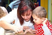 Kurzy keramiky pro děti i dospělé. Ilustrační snímek.