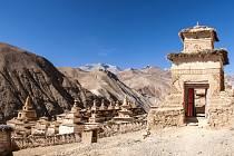 Yanger gompa. Pojďte na čundr napříč Himalájem, posaďte se k tomu pohodlně do křesel. Beseda cestovatelky Pavly Bičíkové.