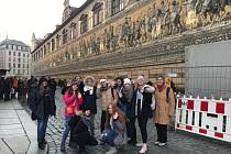 Žáci z Desné vyrazili na jazykový pobyt do Drážďan.
