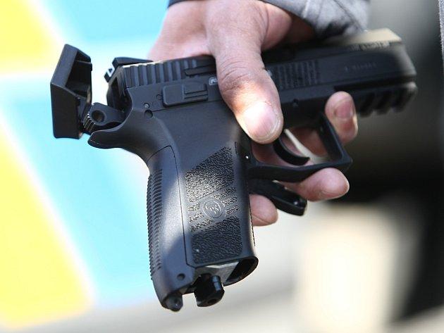 Kuličková pistole, z které útočník střílel po prezidentovi