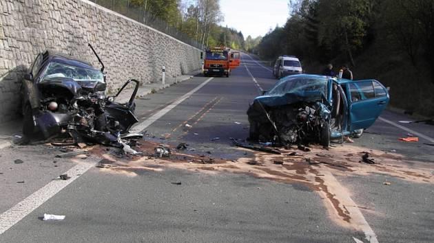 Dopravní nehoda, která se stala o víkendu u Rádelského mlýna. Došlo k jednomu těžkému zranění.