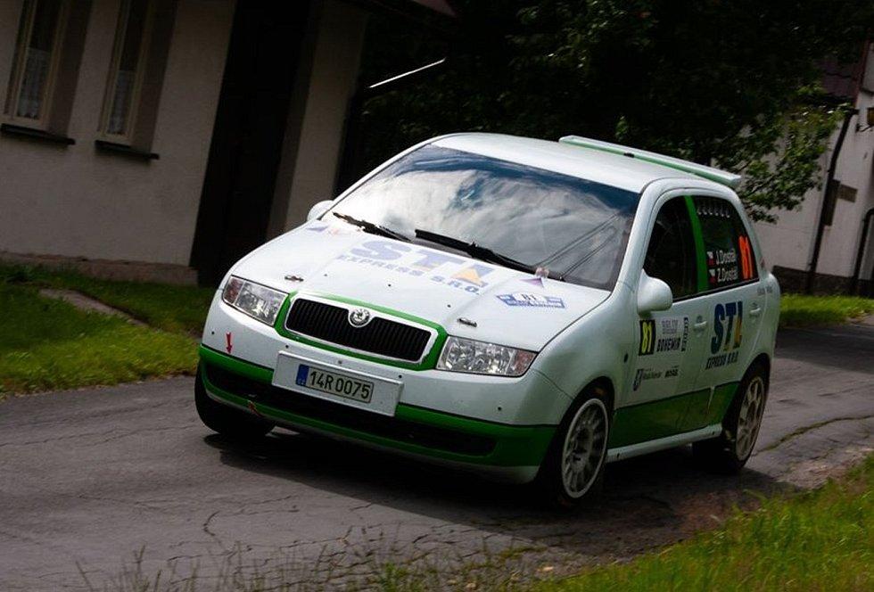 Záběry z první etapy Rally Bohemia 2020, která již tradičně projela i Jabloneckem.