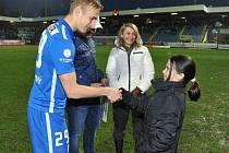 Do sbírky pro handicapovanou Natálku se zapojili také ligoví hráči Slovanu Liberec.
