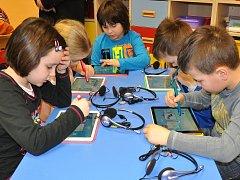 Žáci ZŠ Plavy používají k výuce nejmodernější techniku. Ilustrační snímek