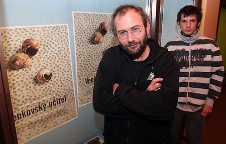 Před premiérou filmu Venkovský učitel se představili režisér Bohdan Sláma a herec Ladislav Šedivý