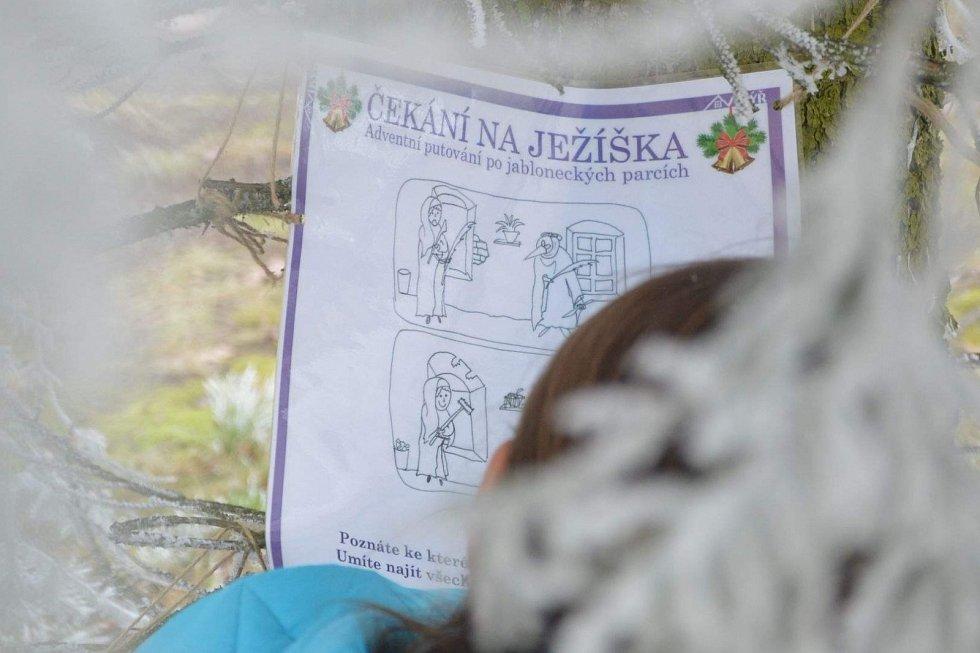Dům dětí a mládeže Vikýř připravil pro všechny malé ale i velké putování po jabloneckých parcích shrou Čekání na Ježíška.