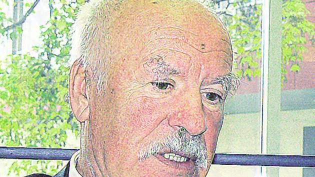 Lubomír Vondráček, obhájce zdravotníků