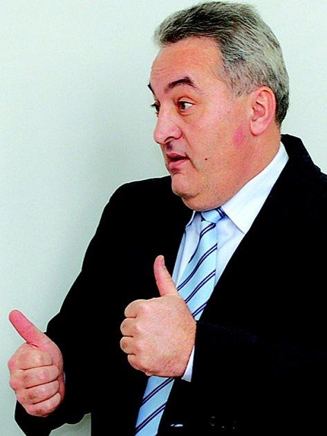 Jablonecký starosta Petr Tulpa začal na duel trénovat. O co půjde, neprozradil.