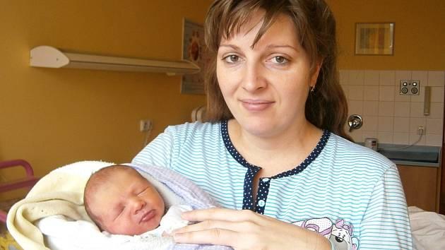 Šimon Klas se narodil Anně a Radovanovi Klasovým ze Smržovky 12.1.2015. Měřil 46 cm a vážil 2400 g. Doma čeká sestra Kateřina.