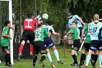 Přípravné utkání FK BAUMIT Jablonec s Bohemians Praha (Střížkov) se hrálo na trávě v Doubravě.