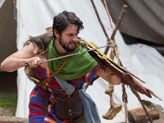 Cyrilometodějské slavnosti začaly 5. července na hradě Trosky. Slavnosti byly zahájeny příchodem věrozvěstů. Dále na návštěvníky čekala výuka cyrilice, ukázky šermu, pohanské tance a kejklíři a středověký jarmark.