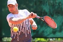 Víkend přinesl kvalifikační boje turnaje Futures v Jablonci. O postupujících rozhodne pondělí.