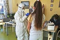 Testování personálu Domova U Přehrady v Jablonci nad Nisou