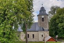 Postupná obnova kostela sv. Josefa na Krásné nedaleko Jablonce nad Nisou se nezastaví ani letos.