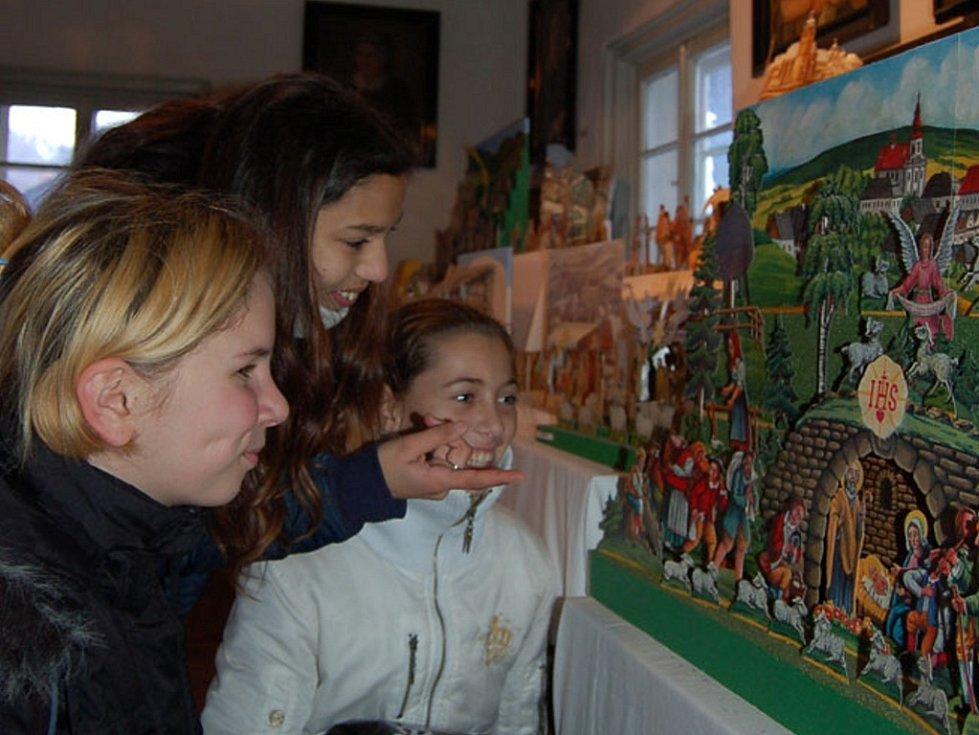 Začaly vánoční trhy v Železném Brodě.