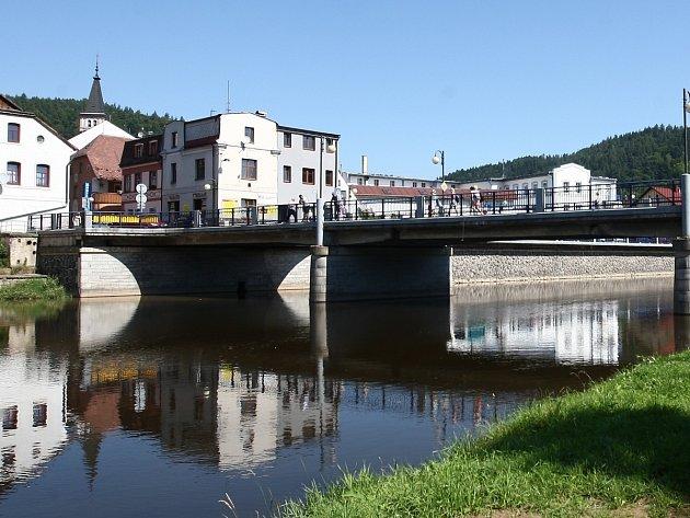 Most v Železném Brodě