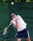 Čtvrtým sportovním dnem pokračovaly hry mentálně znevýhodněných sportovců Global Games 2009 v Jablonci. Na tenisových kurtech v Proseči bojoval Jakub Jerhot.