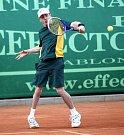 Čtvrtým sportovním dnem pokračovaly hry mentálně znevýhodněných sportovců Global Games 2009 v Jablonci. Na tenisových kurtech v Proseči bojoval David Burke.