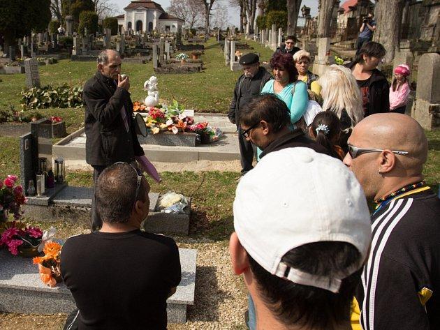 Demonstrace Romů za znovuotevření případu