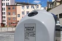 V Jablonci nad Nisou je nově k dispozici celkem 8 šedých kontejnerů na kovový odpad.