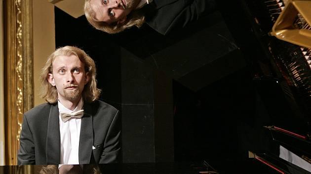 Klavírní virtuoz Ivo Kahánek