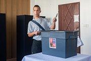 Vězni ve Věznici Rýnovice v Jablonci nad Nisou volili 20. října své kandidáty do Poslanecké sněmovny Parlamentu České republiky.
