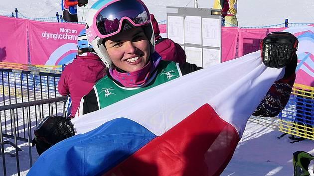 Úspěšná jablonecká ski crosařka Diana Cholenská předvedla vynikající jízdu na Olympijských hrách mládeže a vybojovala v těžké konkurenci stříbrnou medaili.