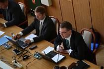 Mimořádné jednání jabloneckého zastupitelstva na téma Hazard.