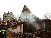 Sbor dobrovolných hasičů Lučany nad Nisou. Požár chalupy v Horním Maxově.