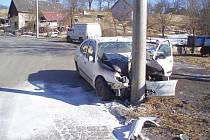 Renault Megan po honičce a nehodě.