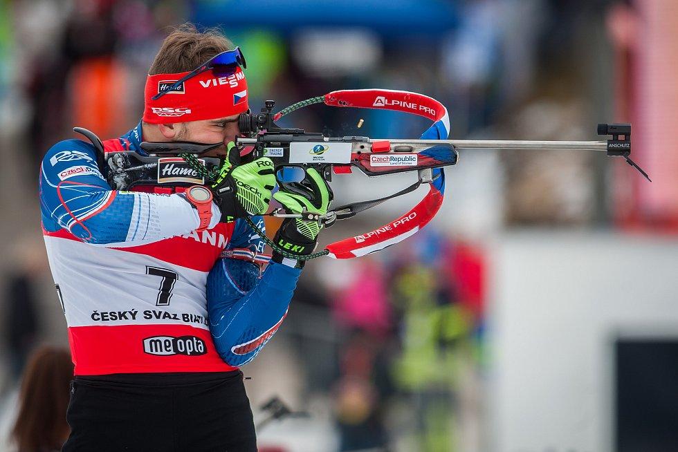 Exhibiční Mistrovství České republiky v biatlonovém supersprintu proběhlo 23. března ve sportovním areálu Břízky v Jablonci nad Nisou. Na snímku je biatlonista Milan Žemlička.