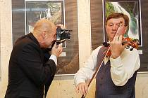 Miloš Kirchner a František Lamač na vernisáži v jabloneckém Eurocentru