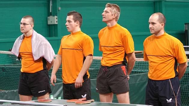 Zprava kapitán Petr Bradáč, Radek Rose, Lukáš Berka a Martin Sůva. Na fotce chybí další člen týmu Milan Urban.