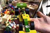 Dřevěné hračky z firmy Detoa Albrechtice. Ilustrační snímek.