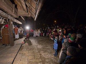 Jírův betlém opět přitáhl davy lidí