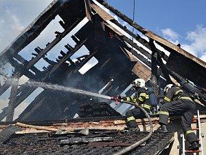 Požár stodoly v Kunratické ulici v Liberci.
