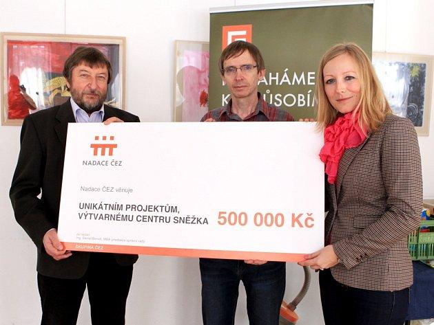 Nadace ČEZ věnovala Výtvarnému centru Sněženka ve Smržovce půl milionu korun na provoz. Rozhodli o tom lidé v anketě Vaše volba..
