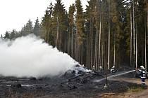 Včera hořel i les u Bezdězu