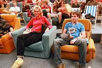 KC KINO ŽELEZNÝ BROD. Netypicky, proti proudu modernizace, se obrátil záměr KC Kino. Osm tématických filmových okruhů nabídne zábavu pro rodiče, děti, seniory i intelektuály.