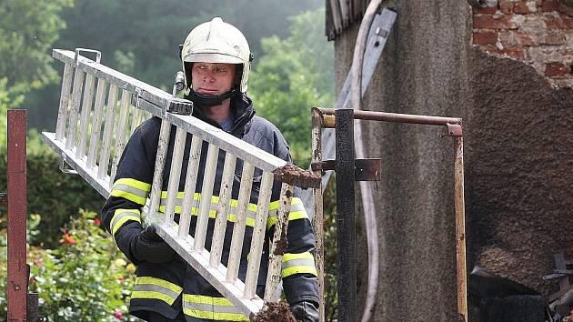 Požár domu. Ilustrační foto.