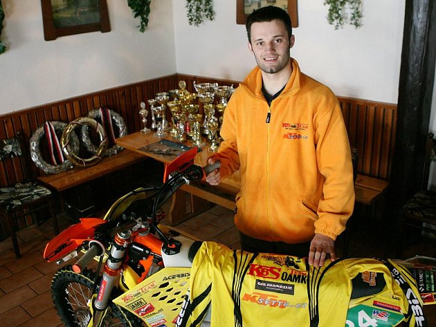Milan Engel, nadějný motocyklový závodník.