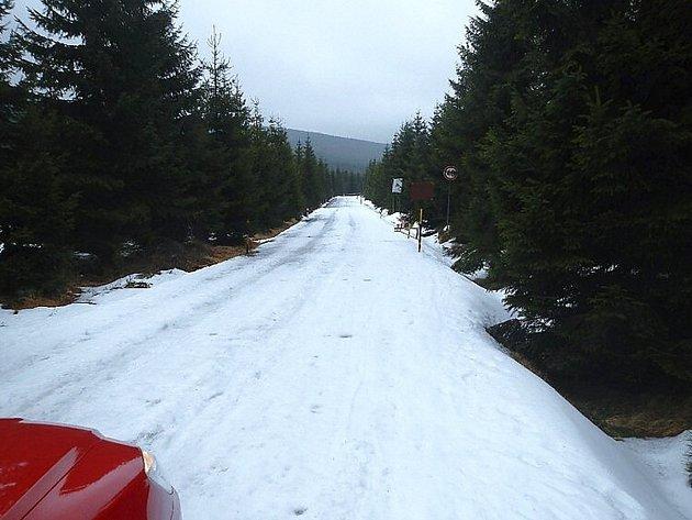Silnice Souš Smědava v zimě