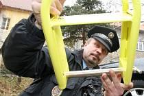 Nasazování zádržnéhío systému tzv. botiček mají v kompetenci městští strážníci. Ilustrační snímek.