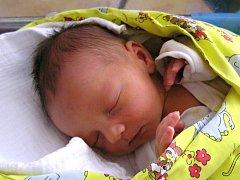 Jáchym Mengler se narodil manželům Menglerovým z Jablonce nad Nisou 15. 2. 2016. Měřil 51 cm a vážila 3930 g.