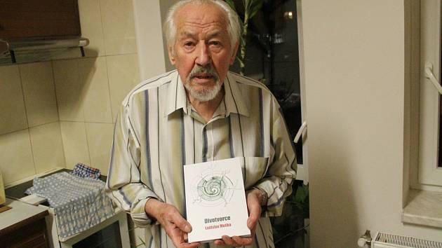 Ladislav Muška napsal více než tří desítek knih, řady detektivních povídek, pohádek, aforismů.